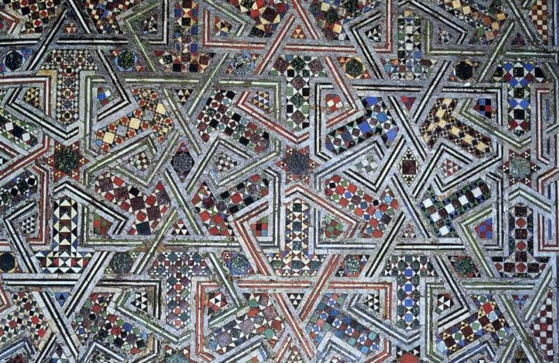 Esempi di tarsia del pavimento del Battistero di Pisa