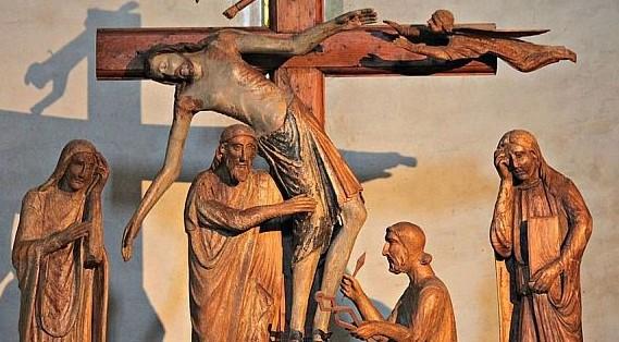 Storia di volti e di gesti: il gruppo di statue di Vicopisano